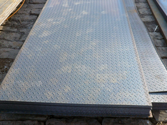 Steel Plate For Sale >> Checkered Steel Plate Carbon Floor Plate Diamond Sheet For Sale